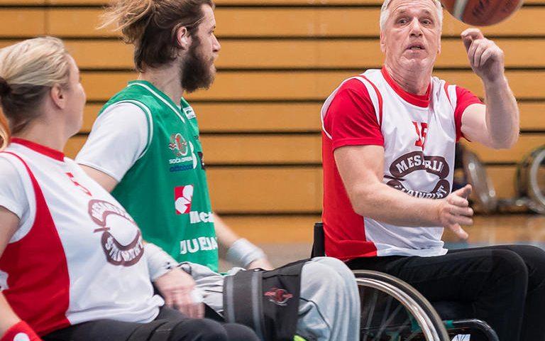 Drustvo paraplegikov gorenjske,sport invalidov,zveza praplegikov slovenije,sport invalidov,kosarka na vozickih