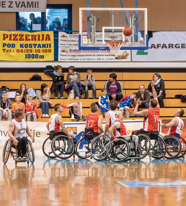 šport invalidov,košarka na vozičkih,društvo paraplegikov,gorenjska,kranj,fotomorgana